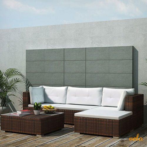 sofá esquinero jardín