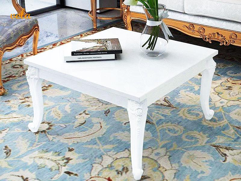 Muebles auxiliares de salón clásicos